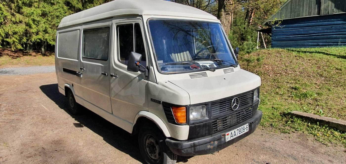 Mercedes-Benz T1 (207D-410D), 1990 г.