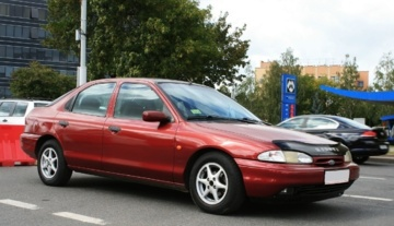 Ford Mondeo I, 1996 г.