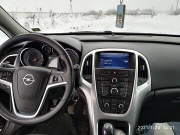 Opel Astra J, 2010 г.