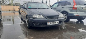 Toyota Avensis I (T220), 2000 г.