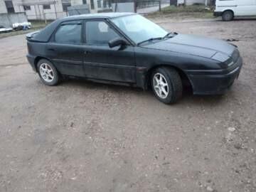 Mazda 323F, 1992 г.