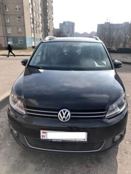Volkswagen Touran II, 5 мест, 2010 г.