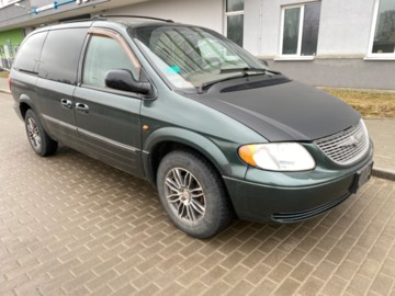 Chrysler Town and Country IV, 7 мест, 2002 г.