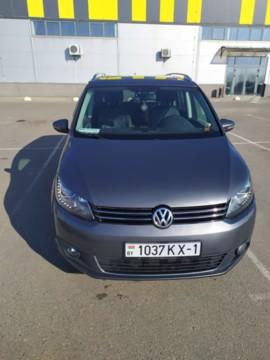 Volkswagen Touran II, 7мест, 2015г.