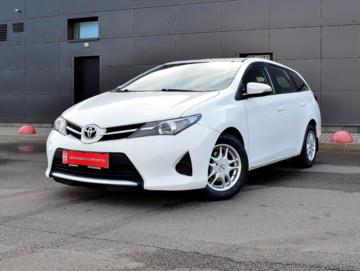 Toyota Auris II (E180), 2014 г.