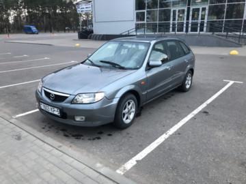 Mazda 323F, 2002 г.