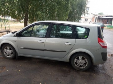 Renault Grand Scenic II, 7 мест, 2004 г.