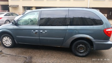 Chrysler Town and Country IV, 7 мест, 2005 г.