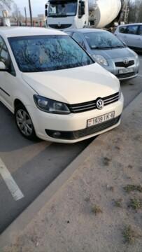 Volkswagen Touran II, 7мест, 2013г.
