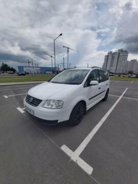 Volkswagen Touran I, 5 мест, 2003 г.