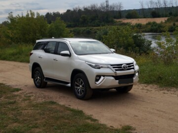 Toyota Fortuner II , 7мест, 2017г.