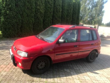 Mazda Demio DW, 1999г.