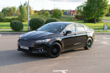 Ford Fusion USA II, 2015г.